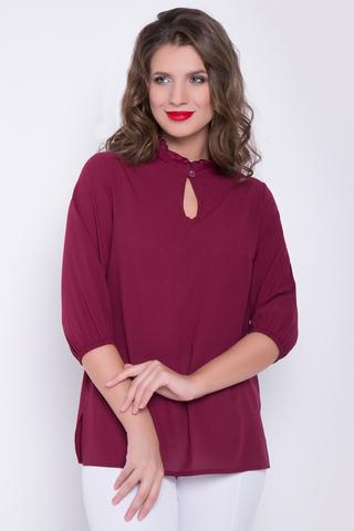 <p>Классическая романтическая блузка в позитивных расцветках. Ворот - стойка с рюшей, рукав 3/4 на резинке. (Длина: 46-52= 67 см)&nbsp;</p>