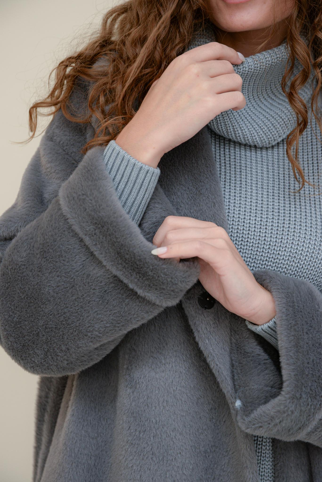 Пальто из искусственного меха под baby-альпаку