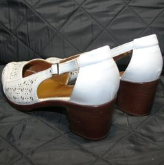Летние туфли с перфорацией Marani Magli 031 405 White.
