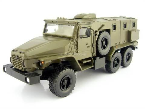 Ural-4320VV Armored MVD Russia Interior Ministry Troops handmade 1:43