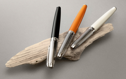Carandache Leman - Bicolor Black Lacquer SP, шариковая ручка, F