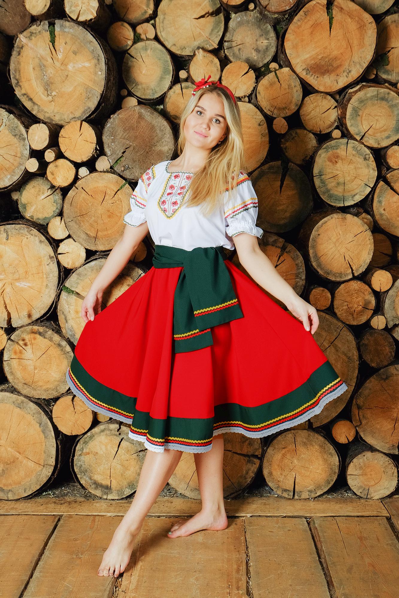 костюм Маков цвет в русском стиле полный рост