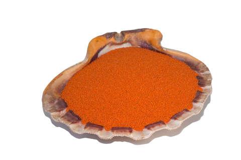Оранжевый кварцевый песок 1 кг.