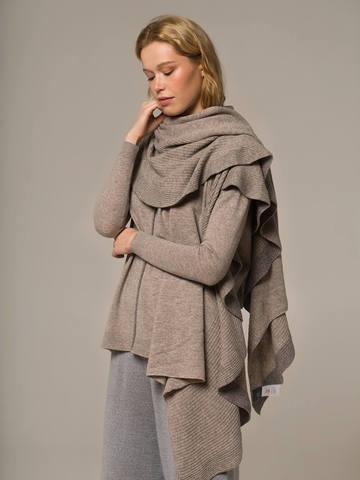 Женский шарф песочного цвета из шерсти и кашемира - фото 2