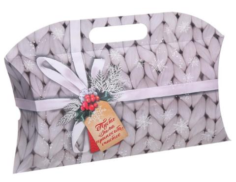 060-0132 Коробка подарочная «Пусть зима приносит счастье», 21.5 × 13.5 × 5 см