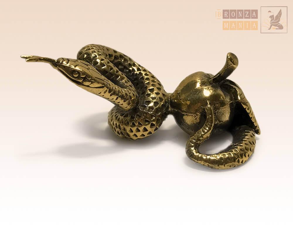 фигурка Змея с яблоком