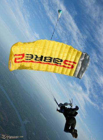 Основной парашют Sabre 2