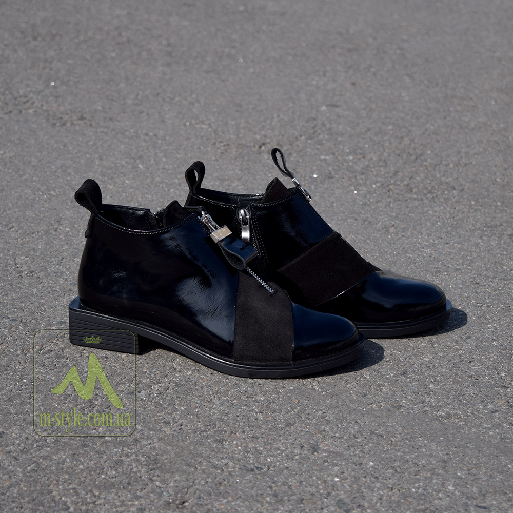 Ботинки Toto