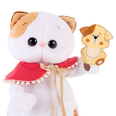Кошечка Ли-Ли с собачкой