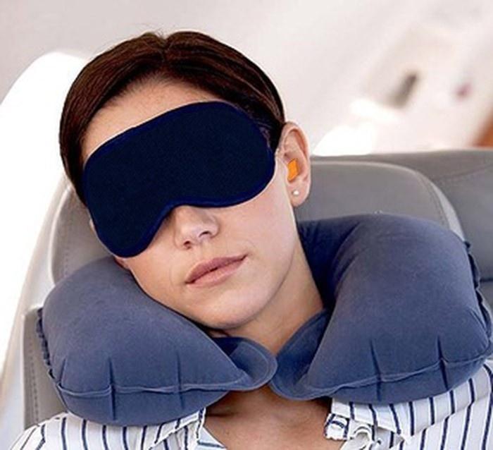 Каталог Дорожный набор 2 в 1.(Надувная подушка, маска для сна) jxrb_lkz_cyf.jpg