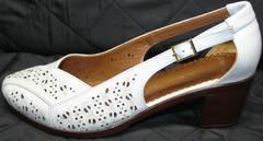 Туфли на небольшом каблуке Marani Magli 031 405 White.