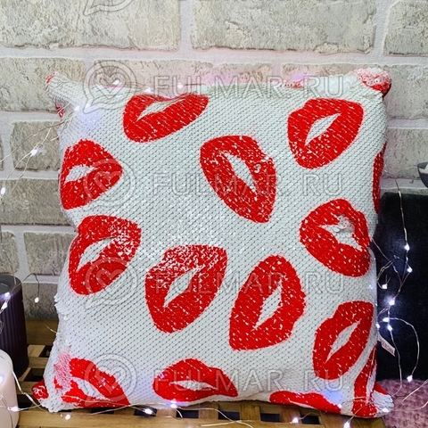 Подушка декоративная квадратная с пайетками