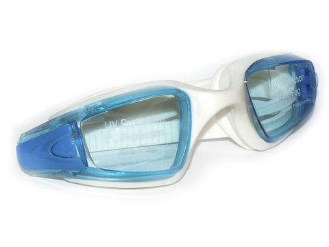 Очки для плавания, анатомическая форма линз, литая оправа, материал оправы - силикон, линзы с защитой от UV-лучей, антизапотевающее покрытие, беруши в комплекте. Пластиковая упаковка :(WG40GA/B):