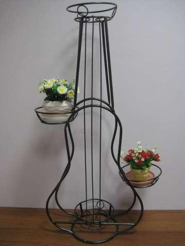 Подставка под цветы Гитара на четыре горшка