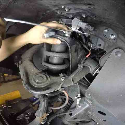 Замена амортизаторов Ford Ranger