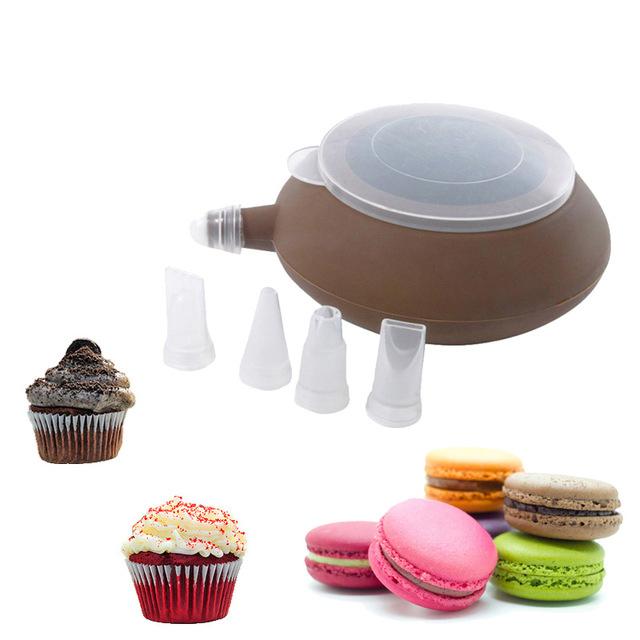 Незаменимая вещь на кухне при приготовлении тортов и пирожных