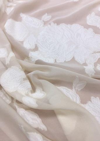 Ткань плательно-блузочная (деворе)