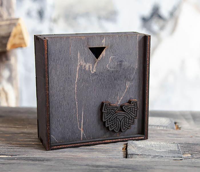 BOX232-1 Маленькая подарочная коробка для браслета (9,5*9,5*3,5 см) фото 03