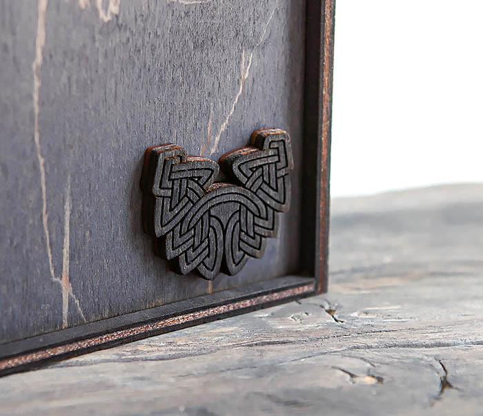 BOX232-1 Маленькая подарочная коробка для браслета (9,5*9,5*3,5 см) фото 04