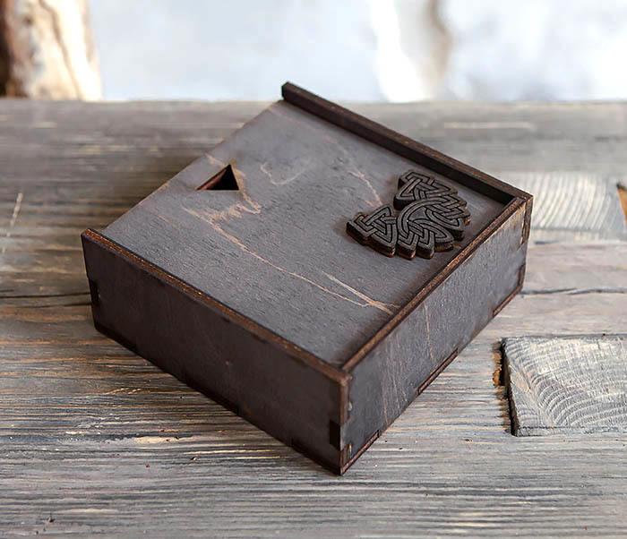 BOX232-1 Маленькая подарочная коробка для браслета (9,5*9,5*3,5 см) фото 05