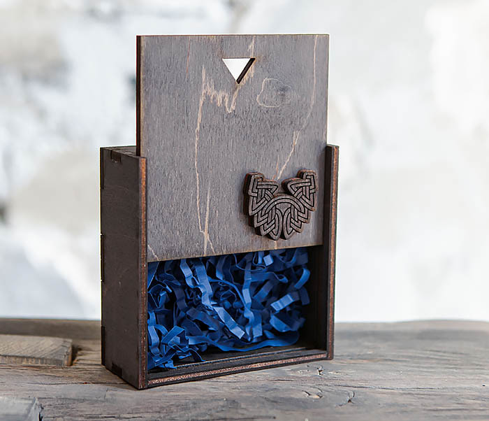 BOX232-1 Маленькая подарочная коробка для браслета (9,5*9,5*3,5 см) фото 08