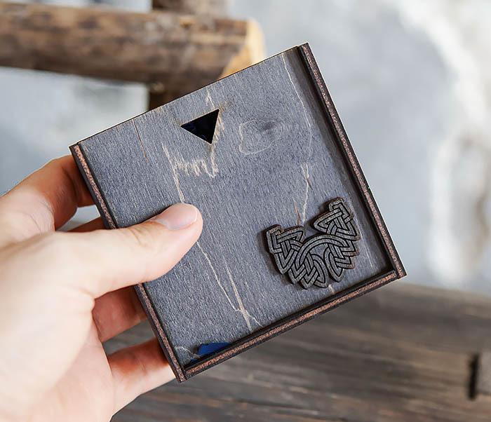BOX232-1 Маленькая подарочная коробка для браслета (9,5*9,5*3,5 см) фото 09