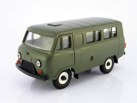 UAZ-3962 bus (plastic) khaki 1:43 Agat Mossar Tantal