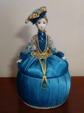 Кукла-шкатулка (ручная роспись, 16 см)