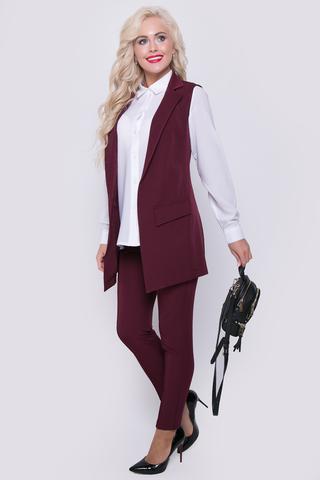 <p>Классический жилет с ультра модными клапанами - атрибут сдержанного офисного стиля. Модель отлично сочетается с простыми футболками, майками, джинсами. Свежий взгляд на классику !!! (Длина 77 см)</p>