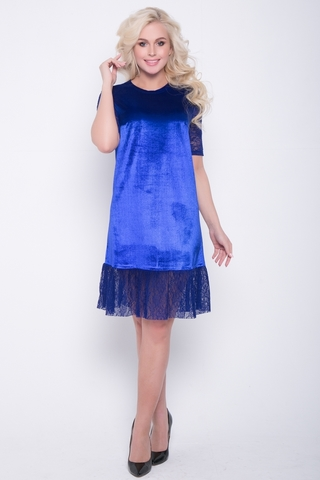 <p>Шикарное платье свободного кроя из бархата, волан и рукава из гипюра-стрейч. (Длина 93 см)</p>
