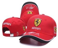 Кепка с вышитым логотипом Феррари (Кепка Ferrari) красная