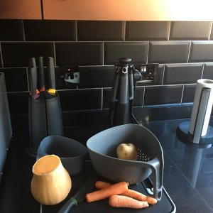 Набор из 6 кухонных инструментов Elevate с щипцами на подставке серый Joseph Joseph 10151 | Купить в Москве, СПб и с доставкой по всей России | Интернет магазин www.Kitchen-Devices.ru