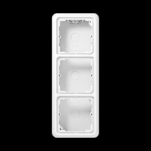 Накладная коробка на 3 поста. Цвет Белый. JUNG CD Накладные коробки. CD583AWW