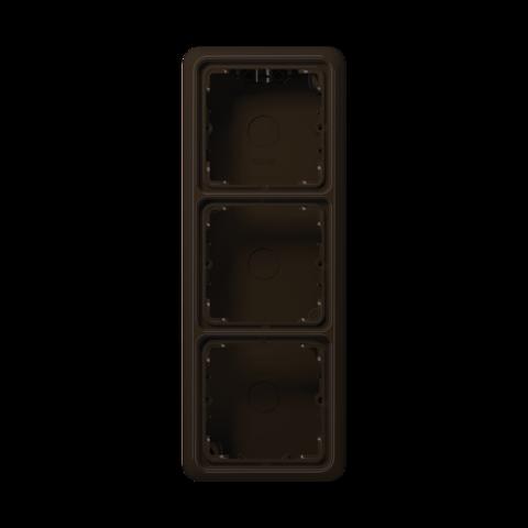 Накладная коробка на 3 поста. Цвет Коричневый. JUNG CD Накладные коробки. CD583ABR