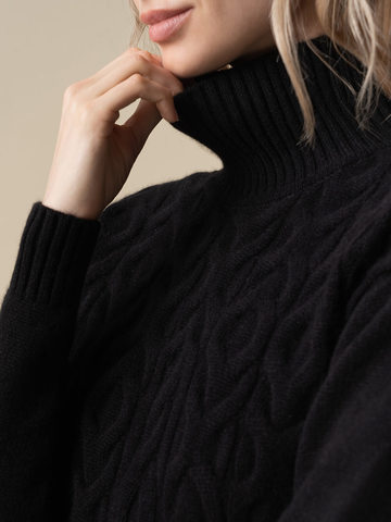 Женский свитер черного цвета из 100% кашемира - фото 4