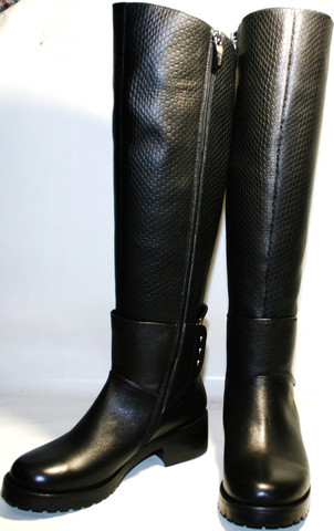 Женские зимние сапоги кожаные на низком каблуке европейки, черные Richesse