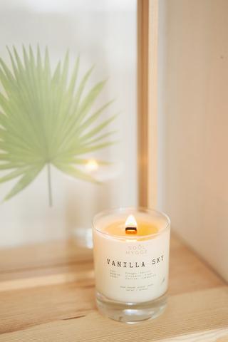 Свеча VANILLA SKY 225 мл, с деревянным фитилем