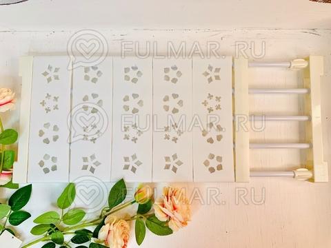 Раздвижная полка универсальная ширина 24 см длина от 50 до 80 см Белая с узором цветы