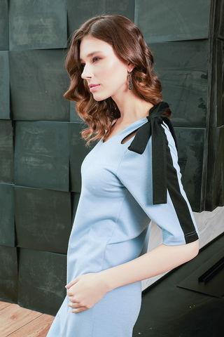 Фото полуприлегающее небесно-голубое платье прямого силуэта - Платье З435-692 (1)