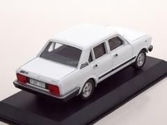 Fiat 132 Limousine white 1:43 DeAgostini Masini de legenda #84