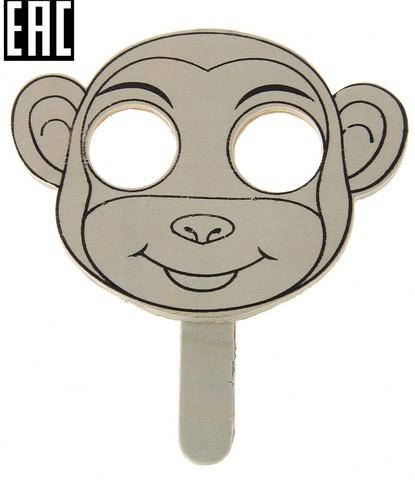 057-3600 Деревянная маска с ручкой