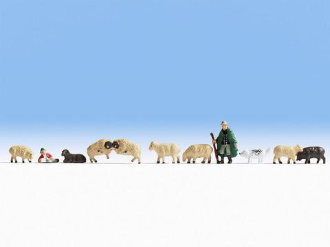 Пастух и стадо (2 человечка, собака и 8 баранов)