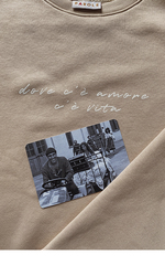 Свитшот с надписью бежевый
