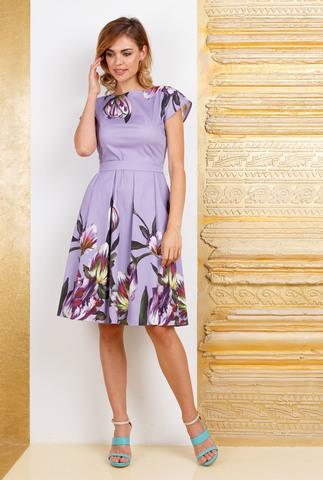 Фото сиреневое платье со складками по юбке, поясом и ярким цветочным принтом - Платье З283-398 (1)