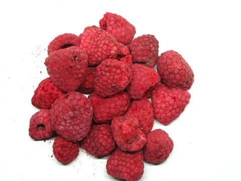 Сублимированная малина (цельные ягоды)
