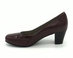 Бордовые кожаные туфли с эффектной вставкой