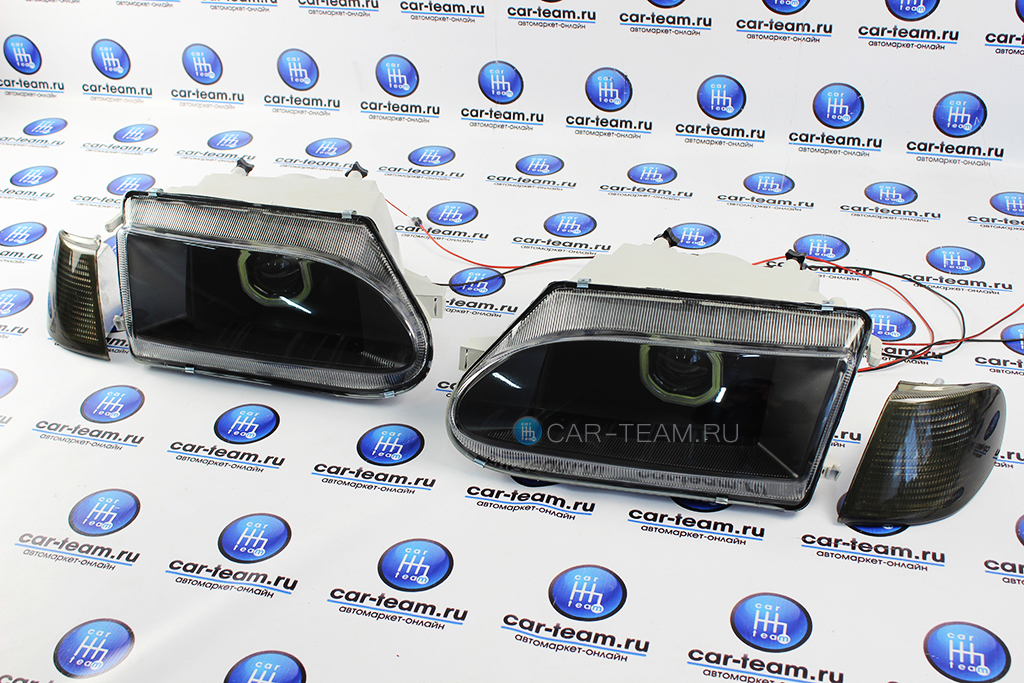 Фары с би-линзой и квадратными ангельскими глазками на ВАЗ 2113-14-15 (тонированные поворотники)