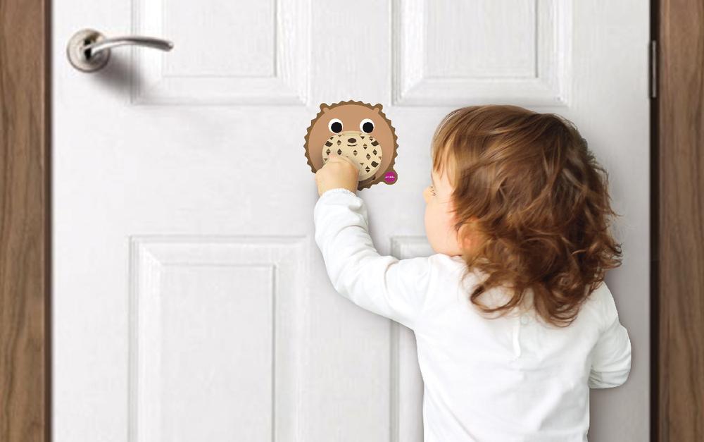 Vertiplay Игрушка на стену- дверной молоток Бобер