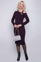<p>Строгое коктейльное платье приталенного силуэта оригинального кроя.(Длина: 44-102см; 46-103см; 48-104см; 50-105см)&nbsp;</p>