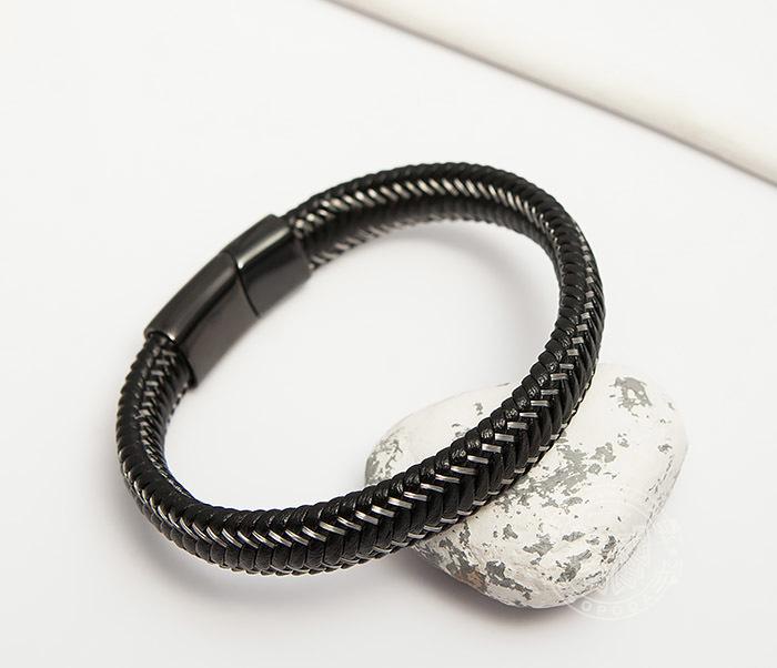Фото - Мужской браслет из кожи со стальной проволокой (20 см) мужской браслет из кожи со стальной проволокой 20 см